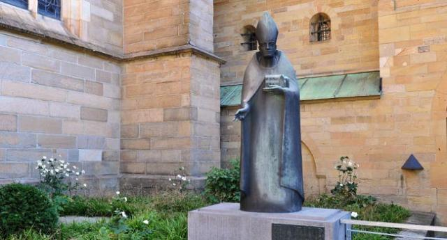 """Bischof Altfrid wurde schon früh als """"heilig"""" verehrt."""