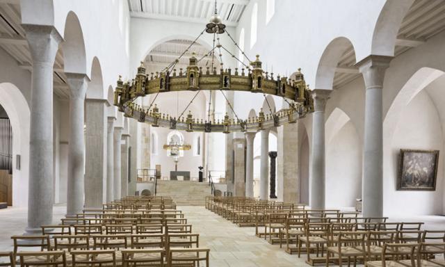 Blick in den neugestalteten Hildesheimer Dom.